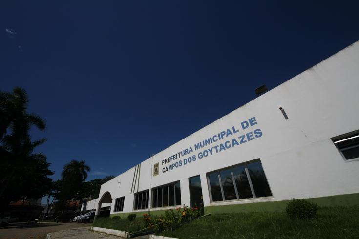 Prefeitura de Campos paga aposentados nesta quinta (27) e servidores da ativa na sexta (28)