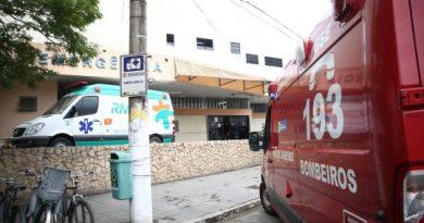 Idoso é atacado por pitbull em Campos