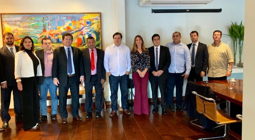 Ompetro vai a Maia por apoio contra redistribuição de royalties