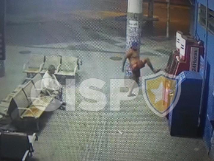 Sistema de câmeras do Cisp flagra ato de vandalismo na Rodoviária Roberto Silveira