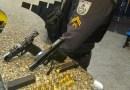 Dois homens são presos e armas apreendidas em Macaé