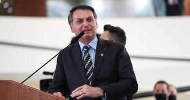 'A chance de golpe é zero', diz Bolsonaro a revista