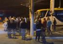 Mulher morre após colisão entre moto e ônibus, em SJB