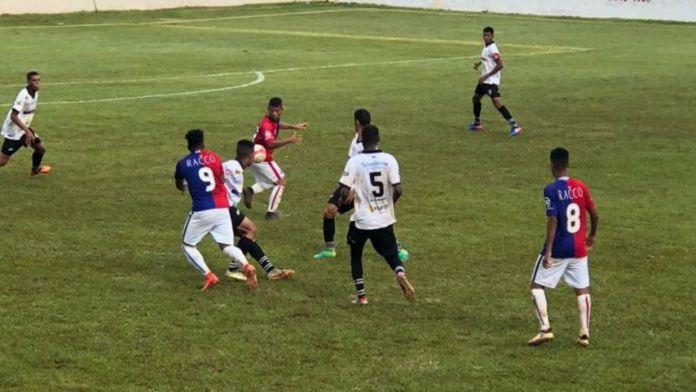 Paraná empatou na última rodada, mas com um homem a menos. Foto: Divulgação/Paraná Clube.