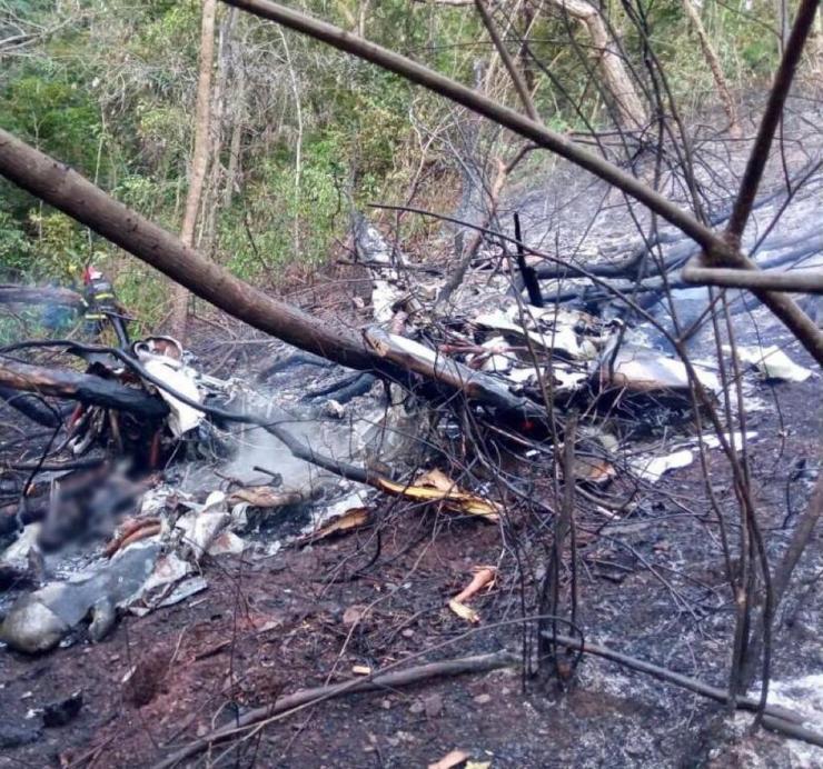 Quatro pessoas morrem após queda de aeronave em Rondonópolis (MT); veja o vídeo