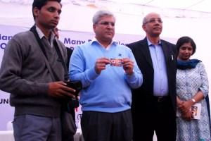 Kailash Gahlot asks Transport & DMRC to work towards a single travel card