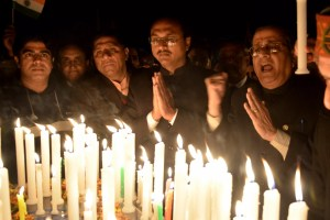 DC REMEMBERS PULWAMA MARTYRS, TAKES PART IN CANDLE MARCH