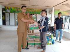 Mahasiswa Salurkan bantuan kepada korban banjir di Rokan