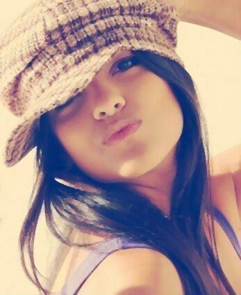 stylish-girl-dp-for-whatsapp-facebook