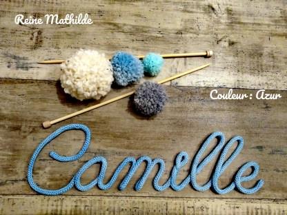Camille au tricotin