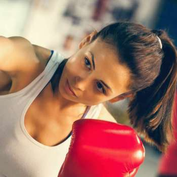 Woman boxing 1