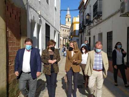 Visita a Trigueros de la delegada del Gobierno en Andalucía6