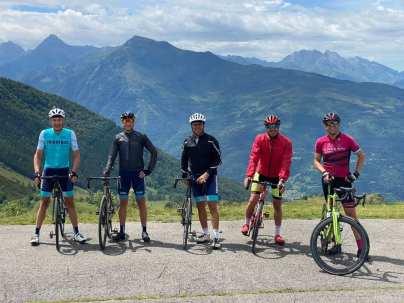 cycling team9