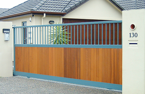 Wooden Style Gate - Gate Auckland