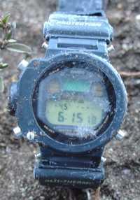 Relógio com termômetro marcando -4.5