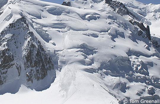 Avalanche no Mont Blanc deixa oito desaparecidos