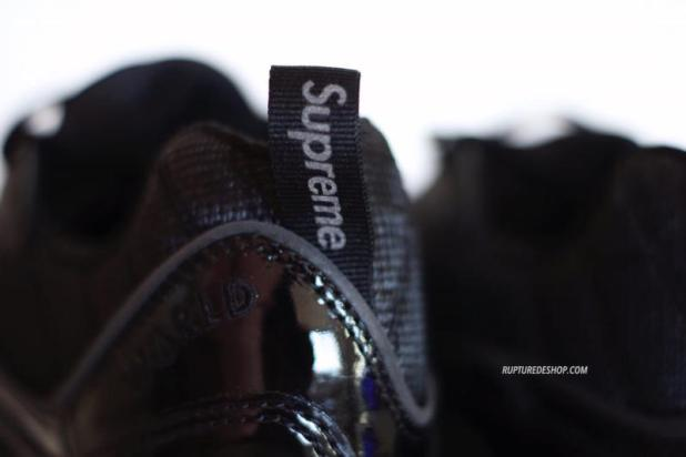 Supreme x Air Max 98 Black 2