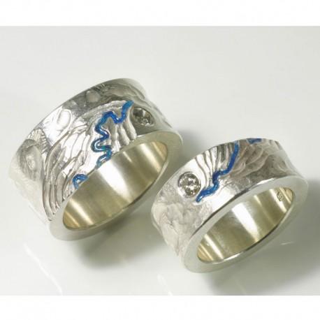 Trauringe mit hohem Symbolgehalt in Silber Gold oder Platin