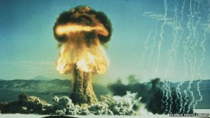 _81573919_t1650030-mushroom_cloud_from_american_bomb_test-spl