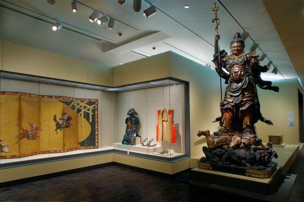 Gold Buddhas Jade Jewelry- Asian Art Museum