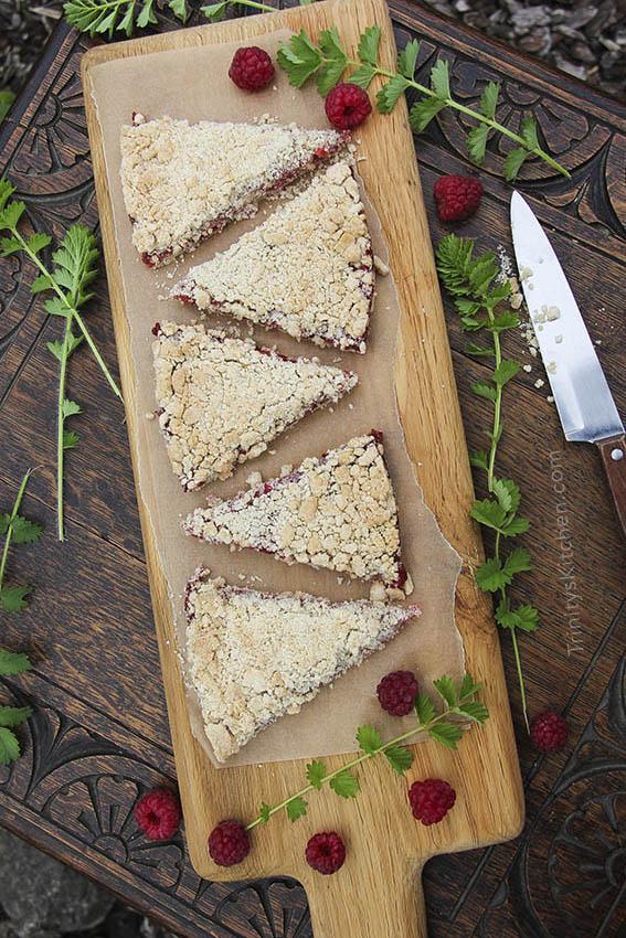 Gluten-free Vegan Raspberry & Apple Crumble Pie by Trinity