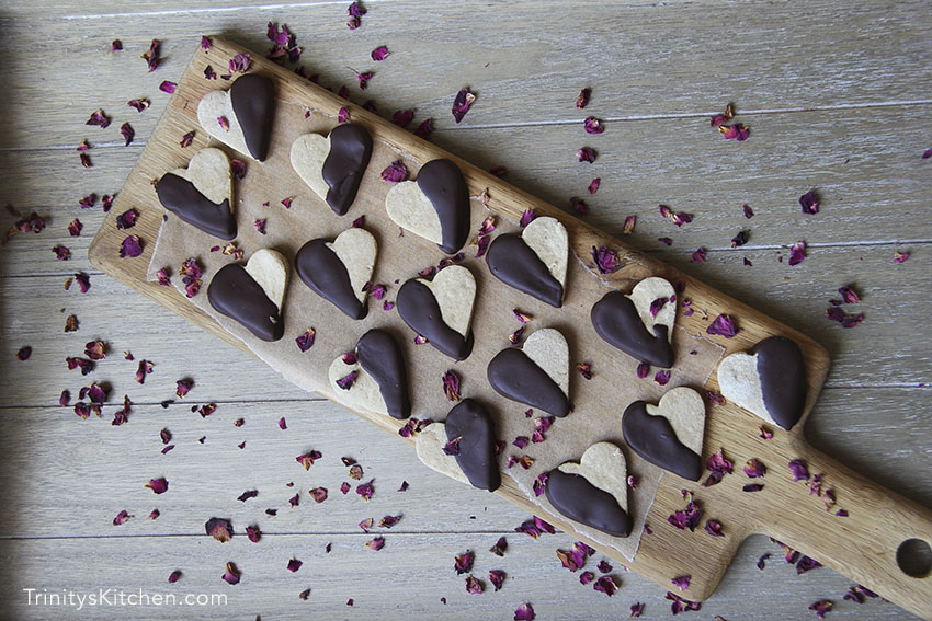 Chocolate Dipped Ginger Shortbread Cookies - gluten-free vegan