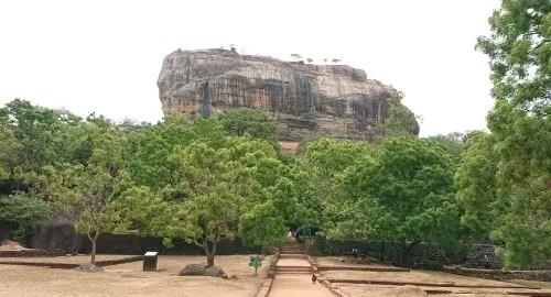 Le rocher du lion de Sigiriya