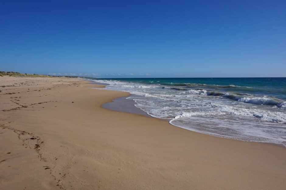 yalgorup-national-park-beach