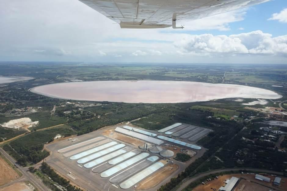 pink-lake-from-plane