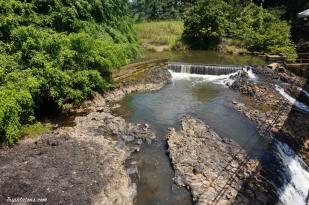 mena-creek-falls-1