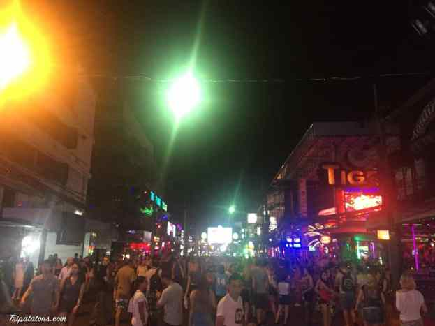 patong-beach-night-01
