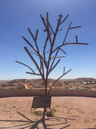 Le premier arbre de la ville