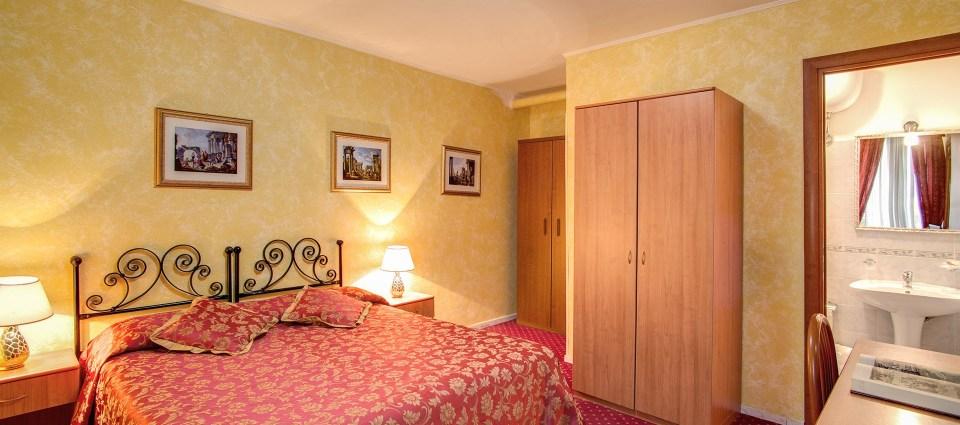 Pensiune ieftina in Roma - Hoteluri ieftine in Roma - Cazare ieftina in Roma