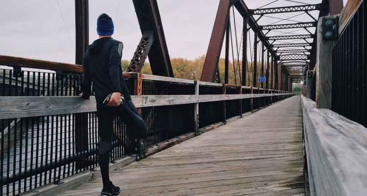 Abbigliamento per correre con il vento