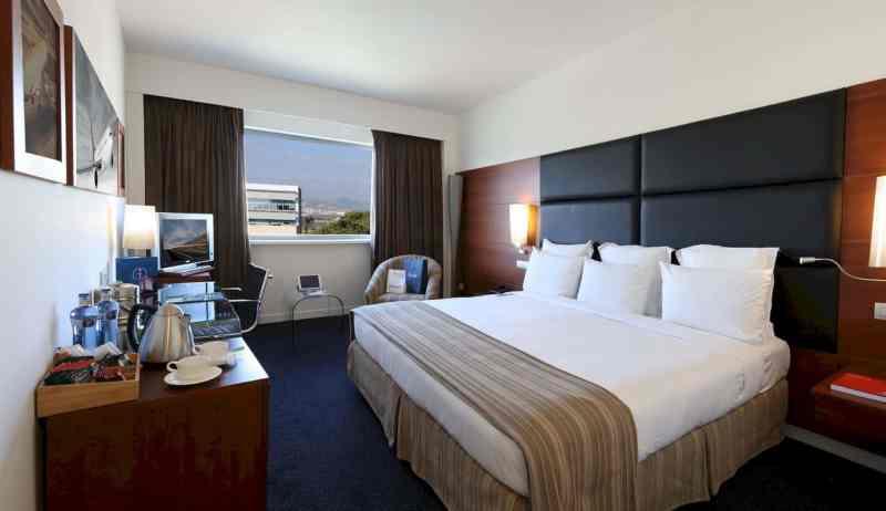 Barcelona Airport Hotel 21