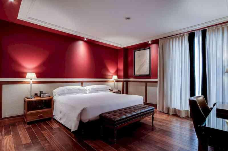 Hotel 1898 5