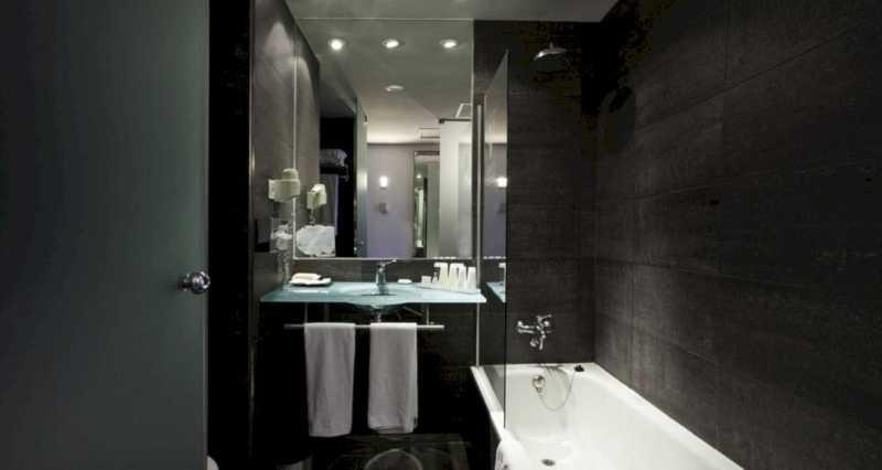 Hotel Vincci Marítimo 8