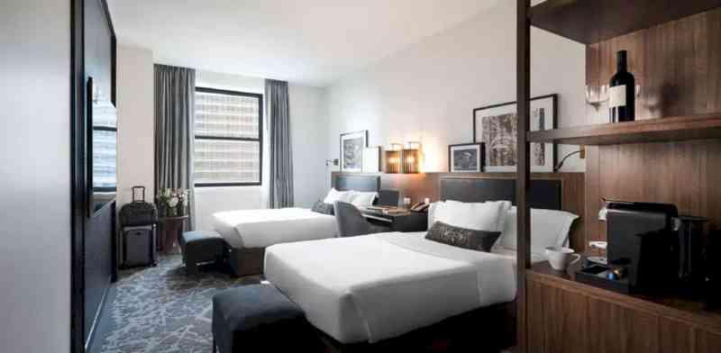 LondonHouse Chicago 17