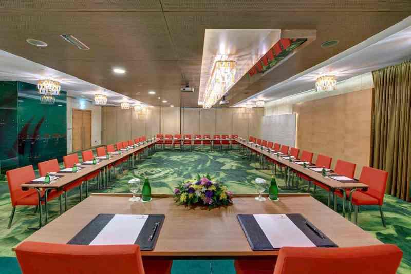 Al Khoory Executive Hotel 3