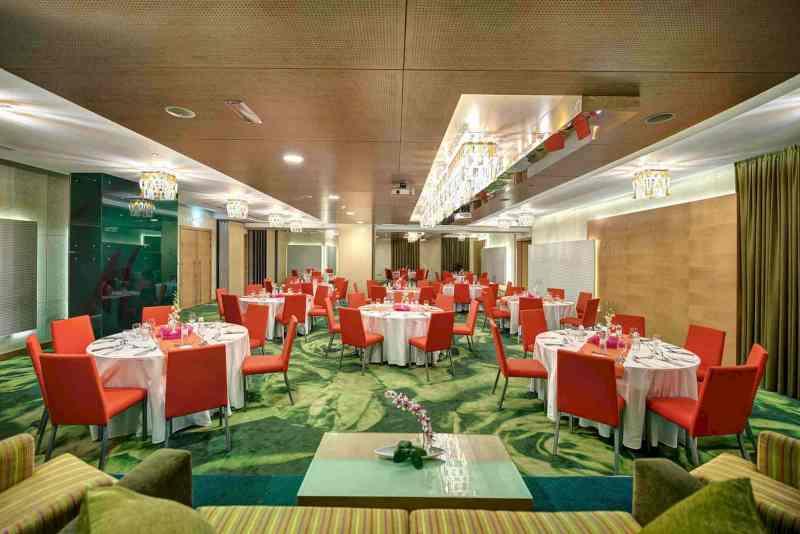 Al Khoory Executive Hotel 5
