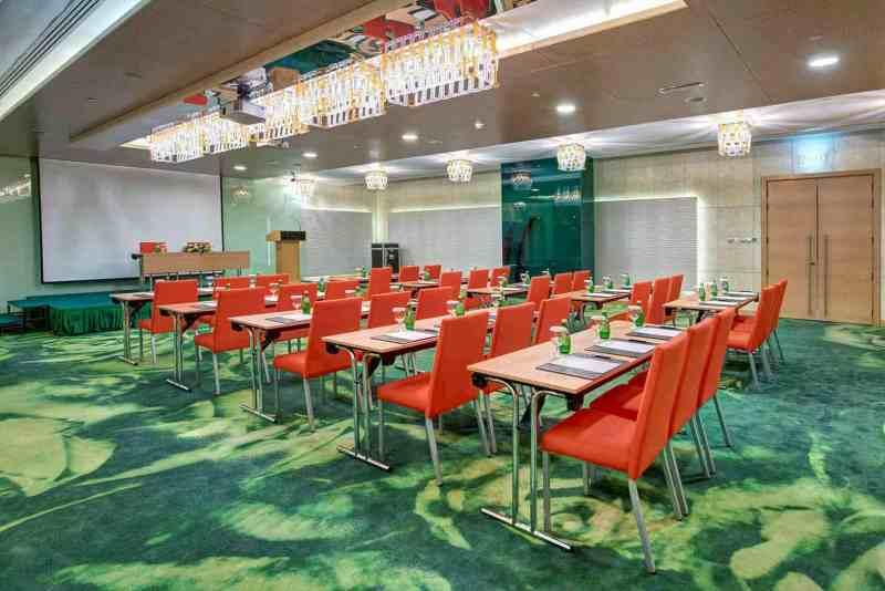 Al Khoory Executive Hotel 6