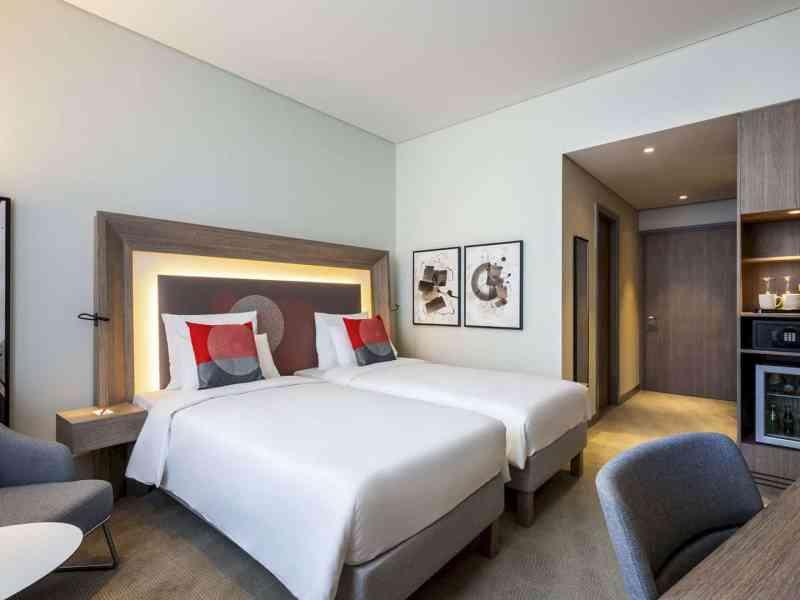 Novotel Bur Dubai Hotel 9