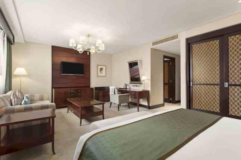 Ramada By Wyndham Jumeirah Hotel 1