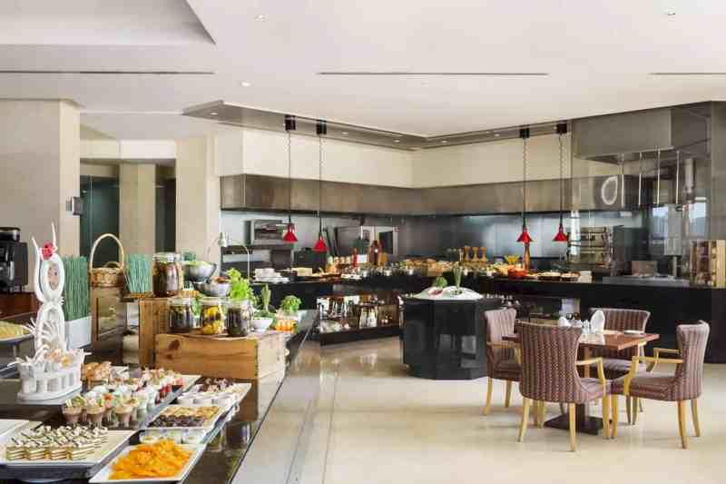 Ramada By Wyndham Jumeirah Hotel 8