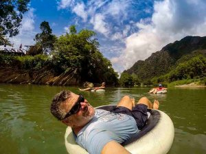 Tubing Nam Song in Vang Vieng