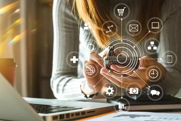 Como a comunicação para pequenas empresas pode ajudar na prospecção de novos clientes?
