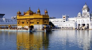 Places in India To Travel on a Low Budget-Golden Temple, Amritsar