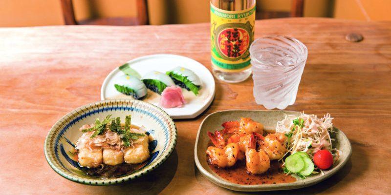 【 沖繩美食 】沖繩必吃的特色料理精選!不能錯過的海景咖啡廳和居酒屋