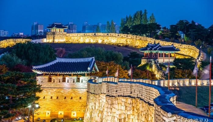 韓國旅遊|13大韓國世界遺產,超美的昌德宮、華城古堡,走回朝鮮時代來趟文化之旅吧!