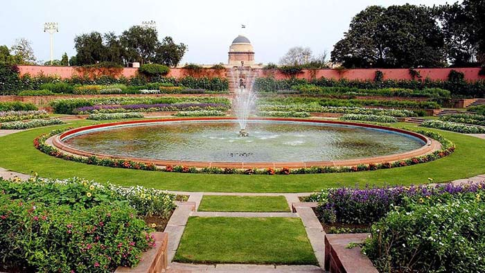 Viceroy Palace Garden, India